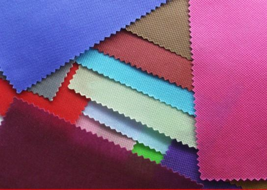 Virgin PP Spunbond Nonwoven Fabric , Non Woven Raw Material Shrink Resistant